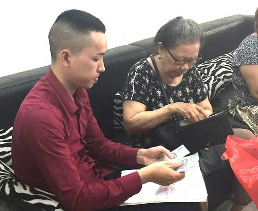 Bà Nguyễn Thị Thanh Hương (85 tuổi), ở Đông Quan, Cầu Giấy, Hà Nội