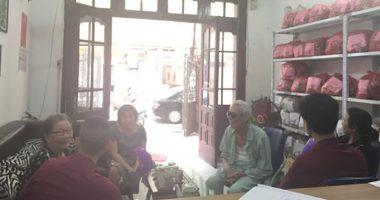 Về Việt Nam mua An cung trúc hoàn, cụ bà 85 tuổi khỏi tai biến!